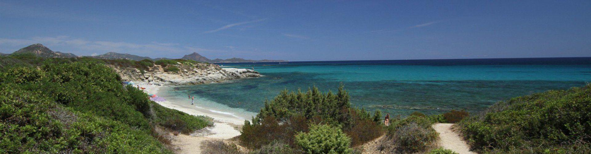 Way to the beach of  Sant Elmo