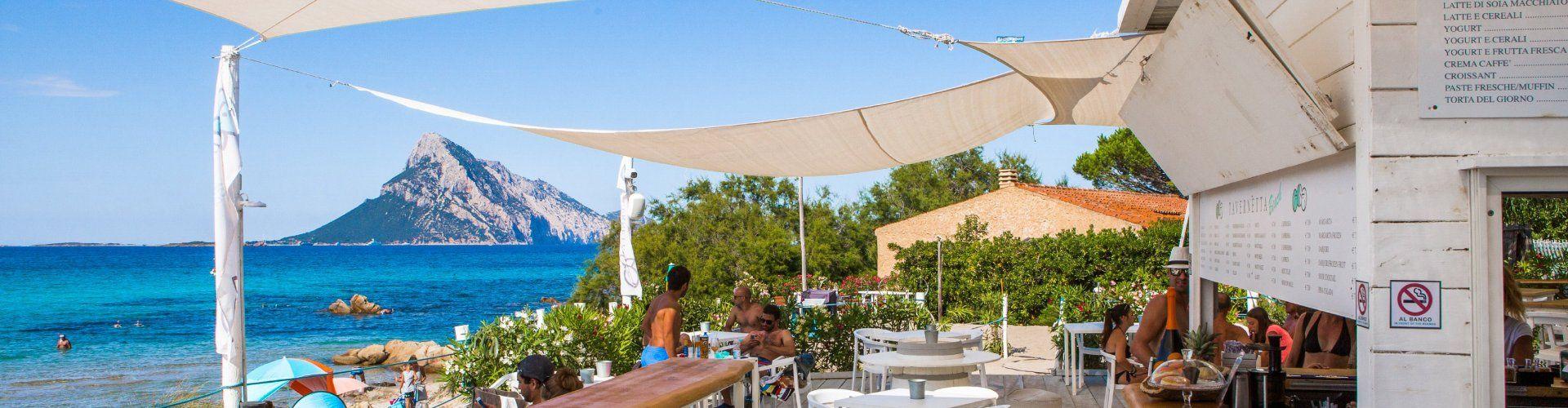 Restaurant direclty on the beach of Porto Taverna