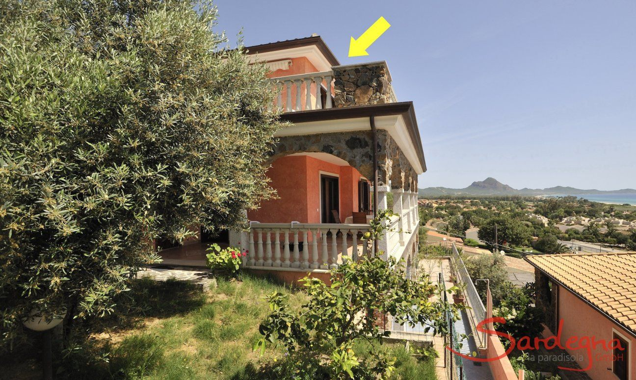 Position of the appartment (yellow arrow)