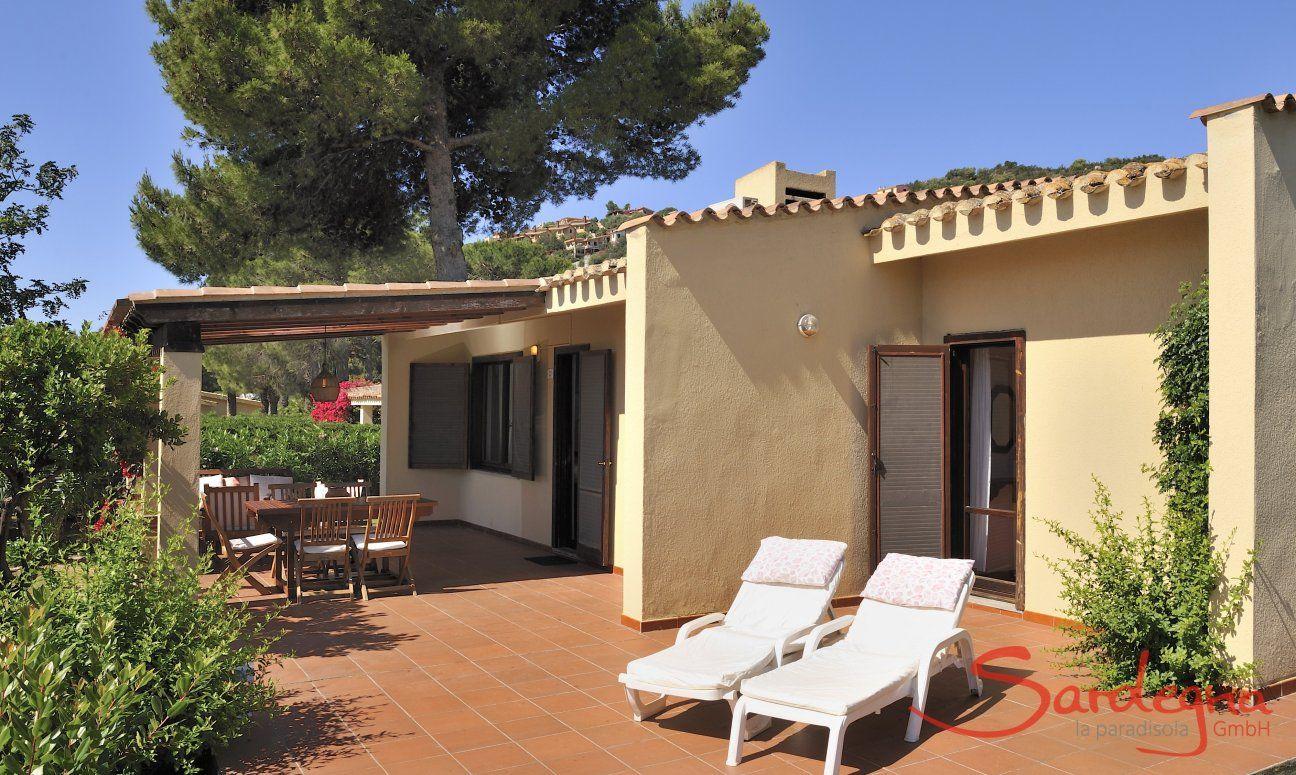 Big terrace with sunbeds