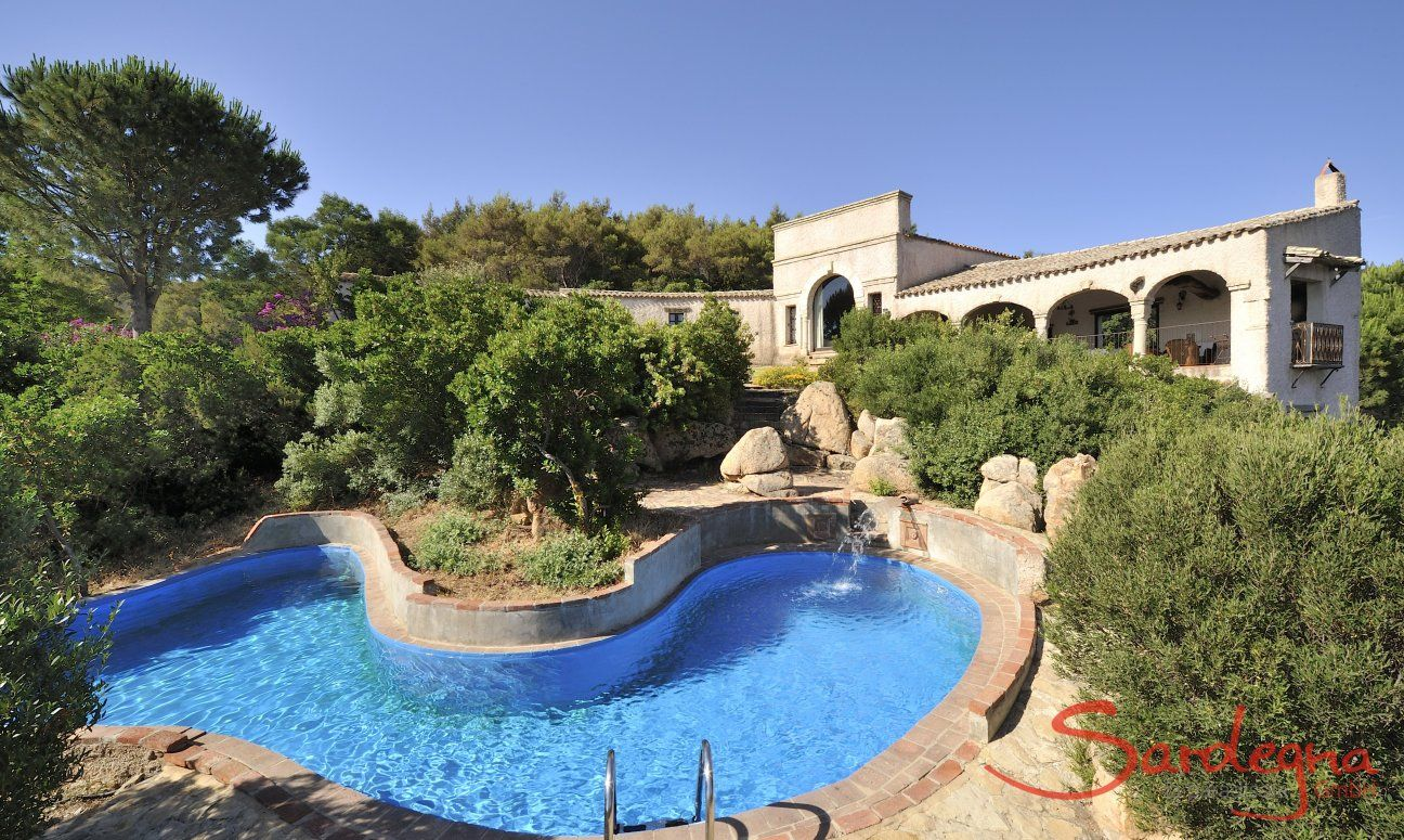 Villa Is Monlas Monte with private pool