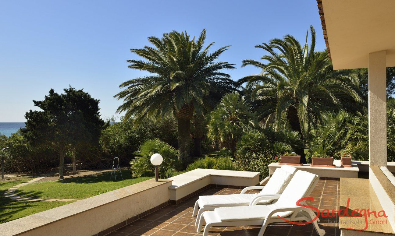 Large terrace with sunbeds, perfect for relaxing