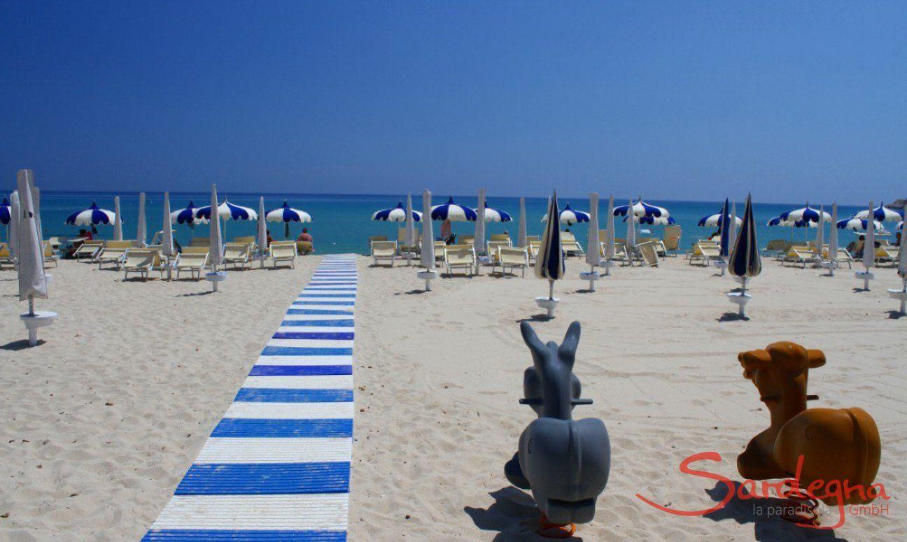 Cala Sinzias Beach