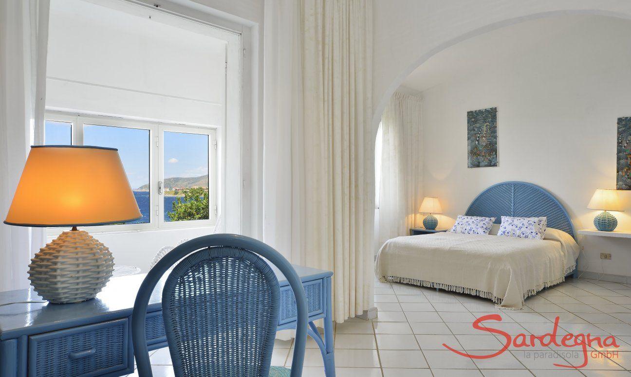 Bedroom 1 with sea view Villa Bella