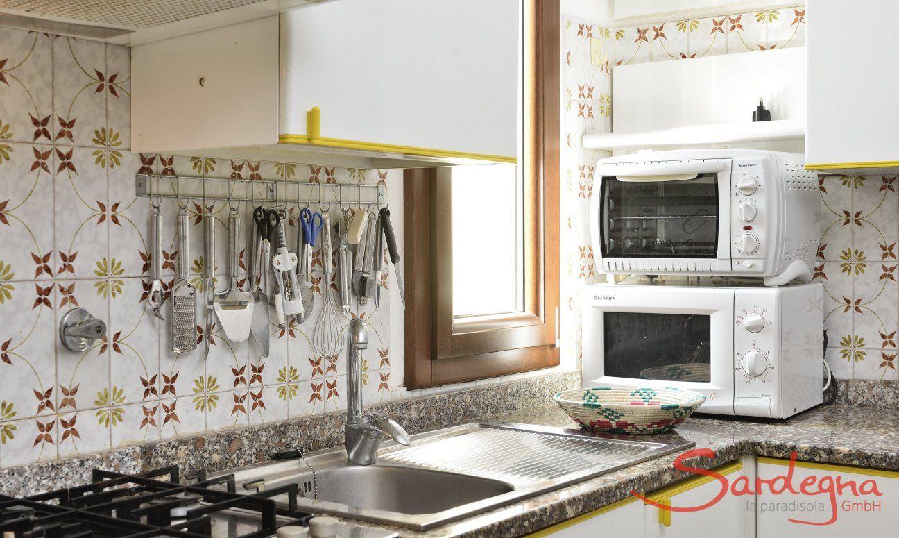 Kitchen, Detail