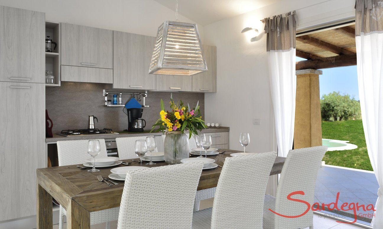 Kitchen and Dining with garden view  Villa Campidano 21