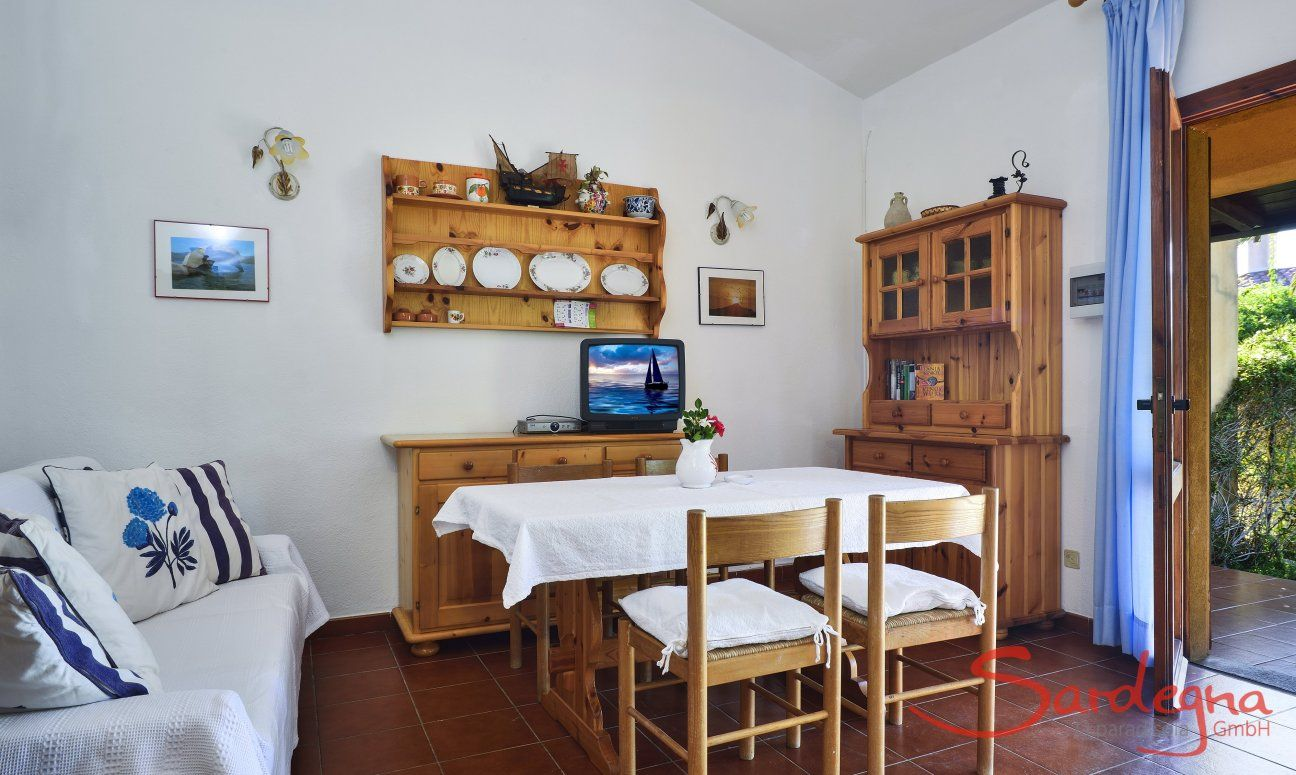 Dining table inside