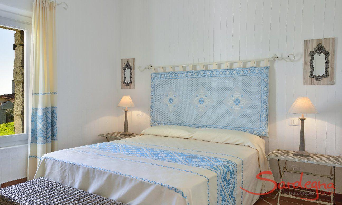 Main Bedroom with double bed Li Conchi 10, Cala Sinzias