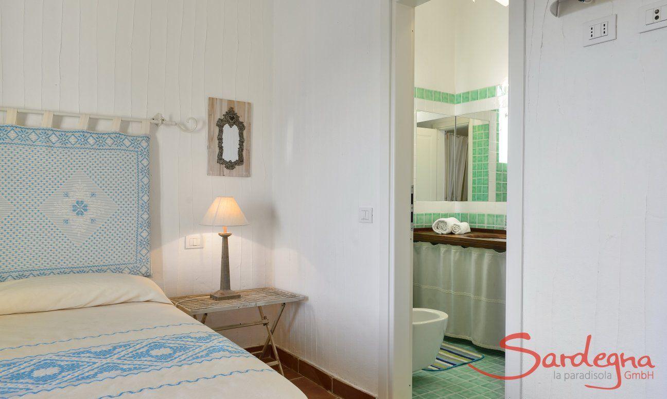 Main Bedroom with Ensuite Bathroom Li Conchi 10, Cala Sinzias