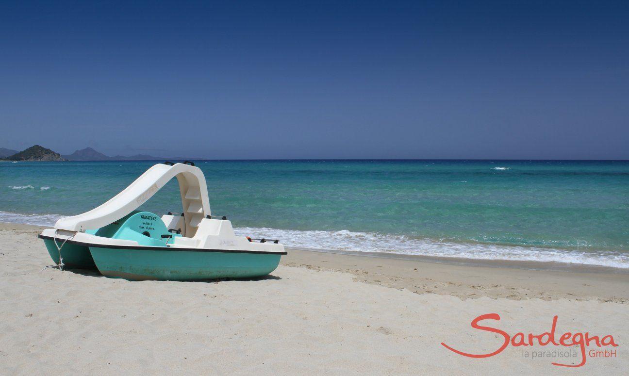 Pedal boat rental on the beach of Cala Sinzias