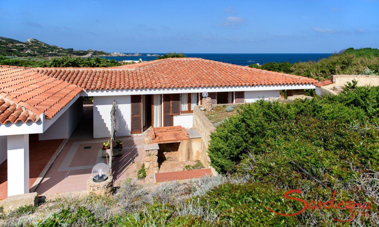 Villa and the sea view