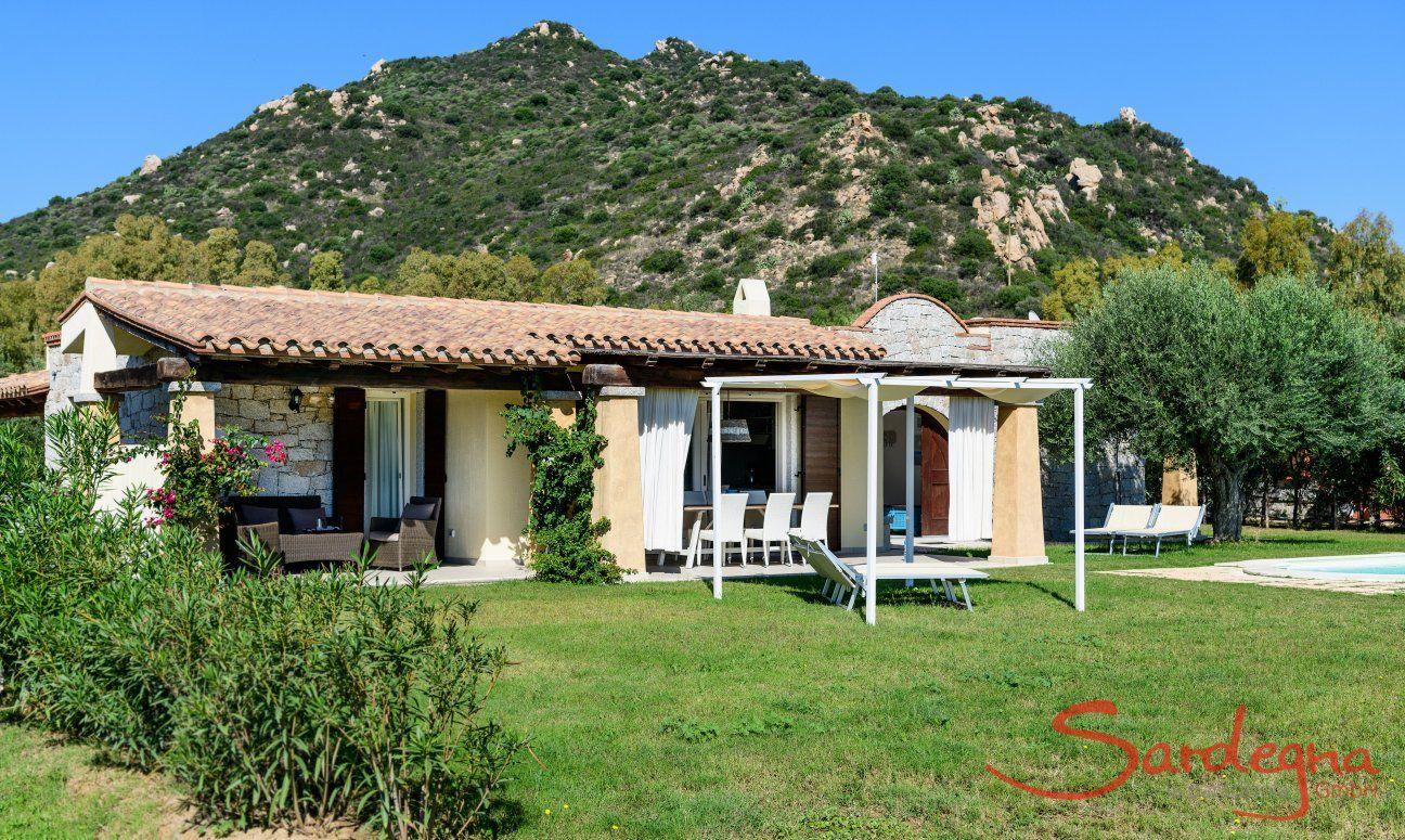 Villa Campidano 21 with garden and mountains