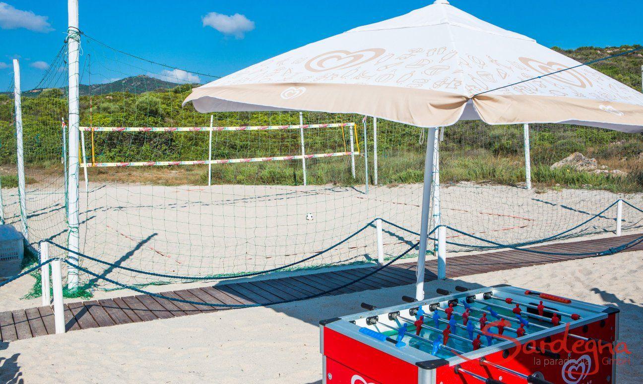 Beachvolley and Tablesoccer on the beach of Golfo Aranci