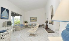 Bright living room with access to the terrace Villa Bella