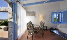 Living area with direct access to the terrace  Casa 20, Sant Elmo