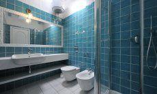 Spacious bathroom with a shower  Casa 20, Sant Elmo