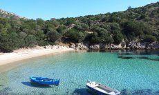 Beach Cala Moresca, golfo Aranci 10 minutes