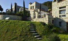 Access from the Gardenside Li Conchi 10, Cala Sinzias
