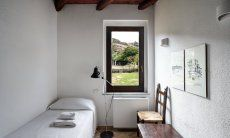 Bedroom 3 with singe beds