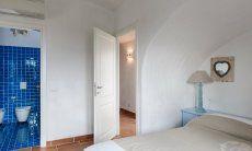 Bedroom 1 with ensuite bath, Li Conchi 29